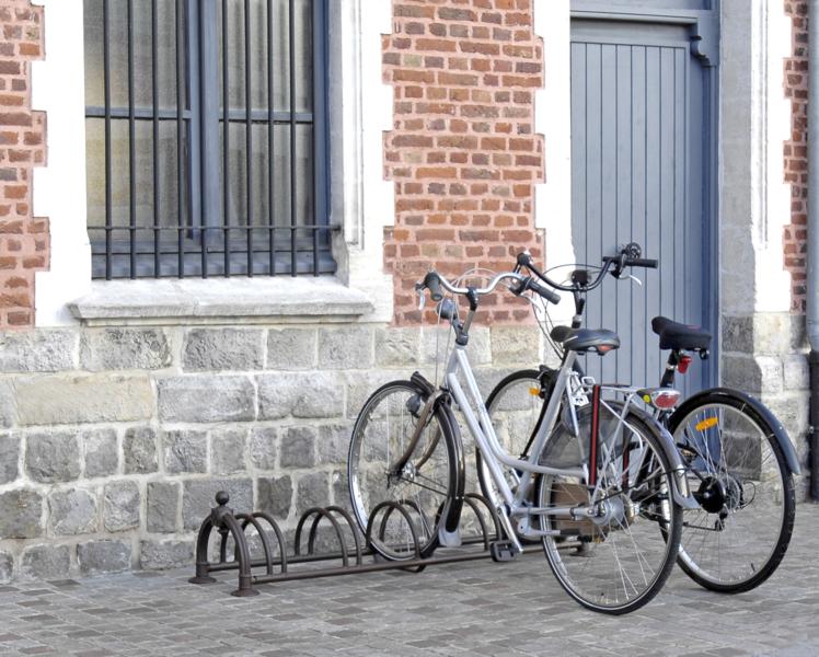 MOTTEZ - Râtelier 5 vélos Versailles - B131US