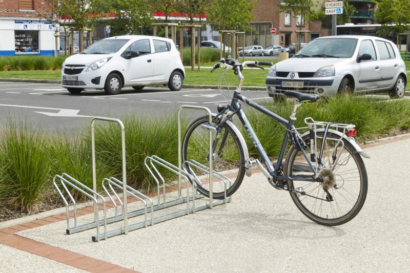MOTTEZ - Râtelier sur 2 niveaux cote à cote pour 4 vélos - M024V4AR