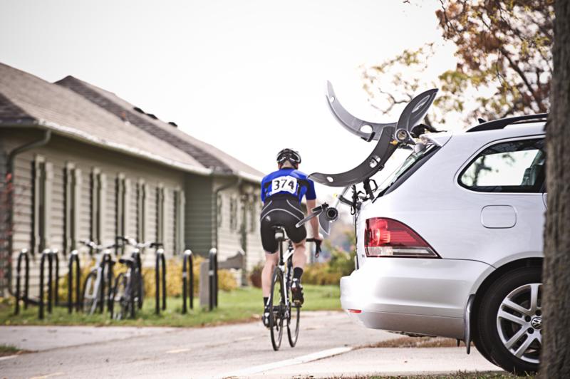 POLAIRE - Porte-vélo Saris Gran Fondo pour 2 vélos fixation sur coffre ou Hayon - PVH2 GFOA