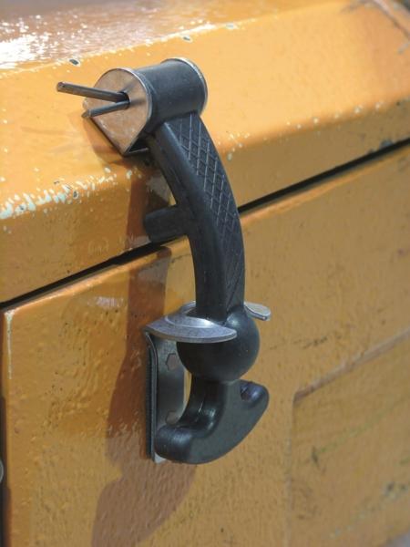 Attache capot longueur 120 mm TOPCAR 17210